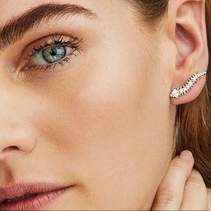Kendra Scott Jewelry - Kendra Scott Sinclair Ear Climbers